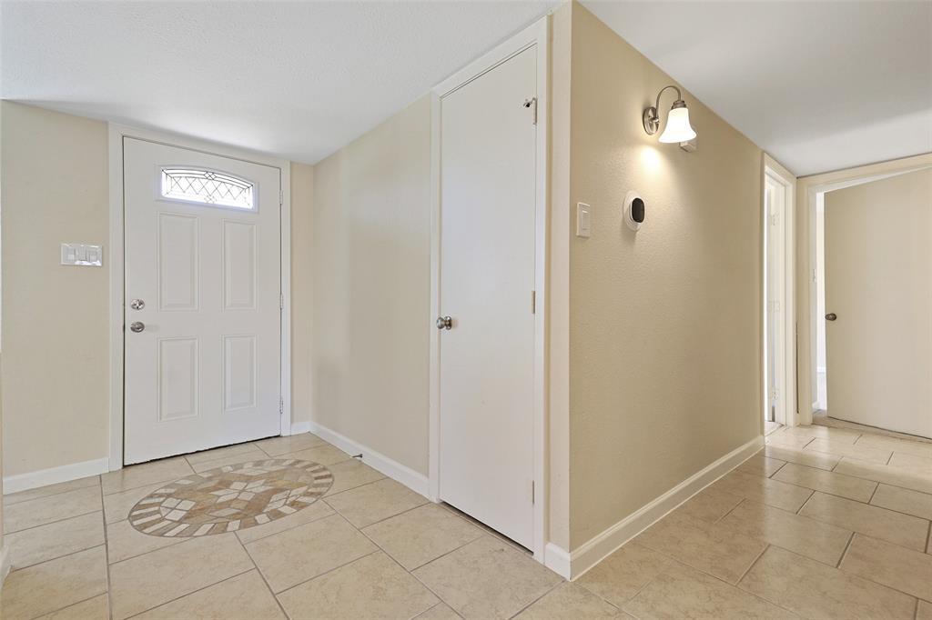 8105 Woodside  Road, Rowlett, Texas 75088 - acquisto real estate best prosper realtor susan cancemi windfarms realtor