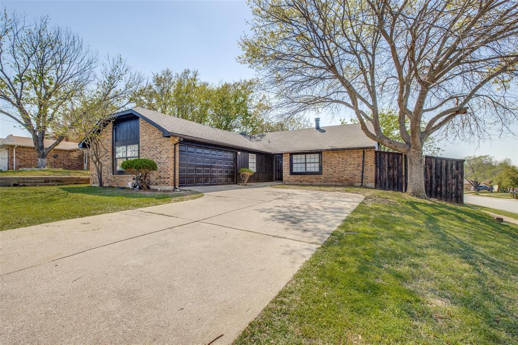 4200 Cranbrook Drive, Arlington, Texas 76016 - Acquisto Real Estate best plano realtor mike Shepherd home owners association expert