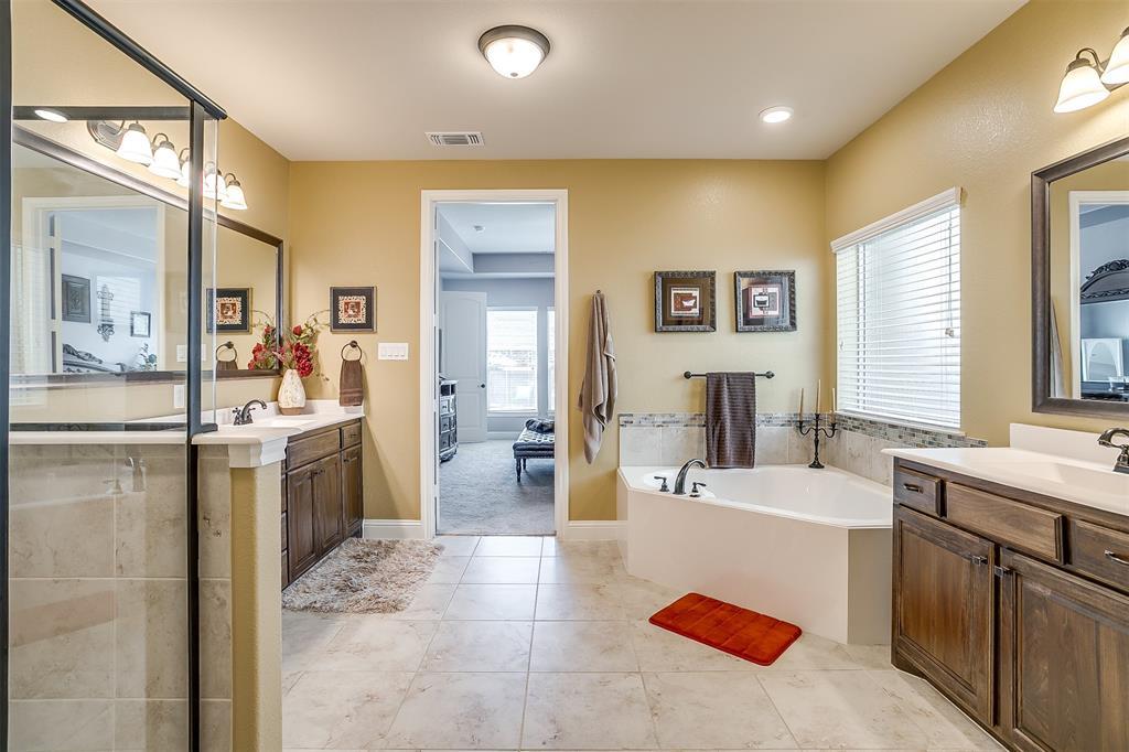 944 Merion Drive, Fort Worth, Texas 76028 - acquisto real estate best negotiating realtor linda miller declutter realtor