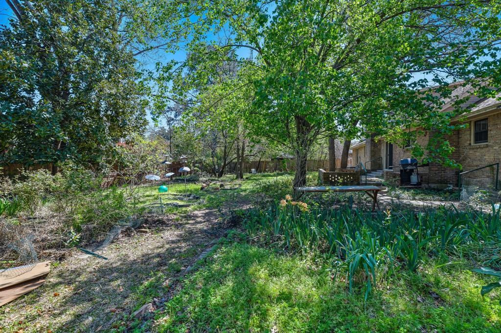 2428 Oakridge Street, Denton, Texas 76209 - acquisto real estate best listing photos hannah ewing mckinney real estate expert