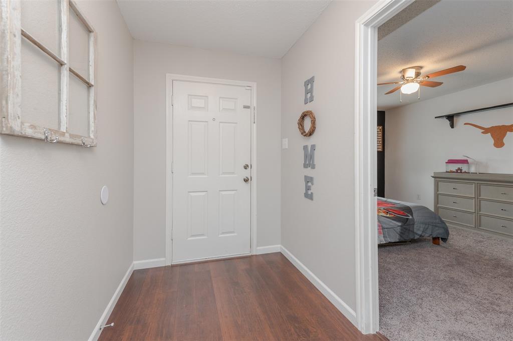 6101 Countess  Lane, Denton, Texas 76210 - acquisto real estate best prosper realtor susan cancemi windfarms realtor