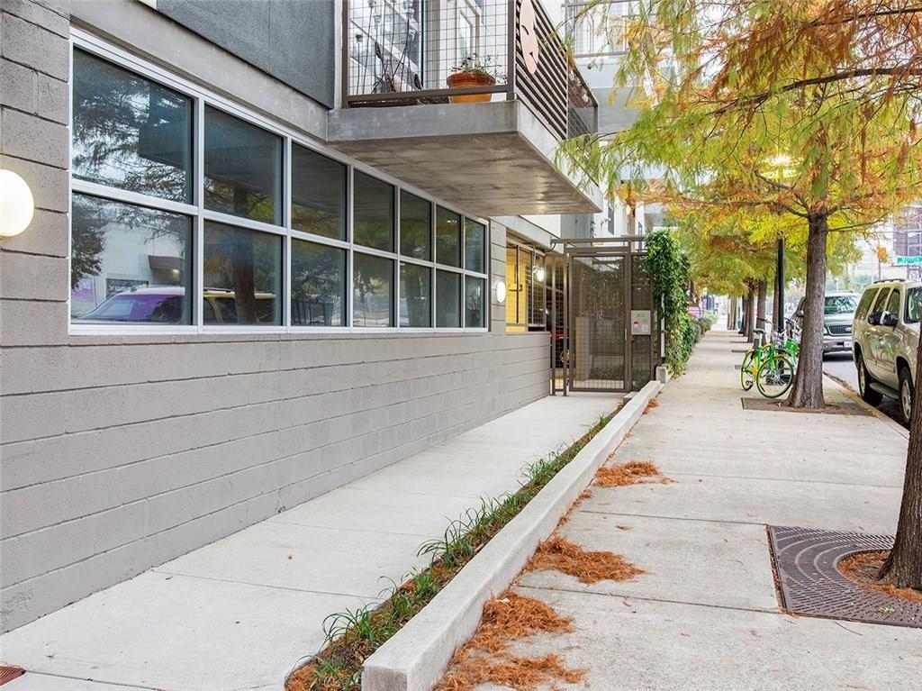 1111 Akard Street, Dallas, Texas 75215 - Acquisto Real Estate best frisco realtor Amy Gasperini 1031 exchange expert