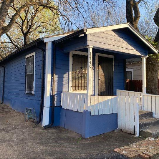 4740 Stokes Street, Dallas, Texas 75216 - Acquisto Real Estate best plano realtor mike Shepherd home owners association expert