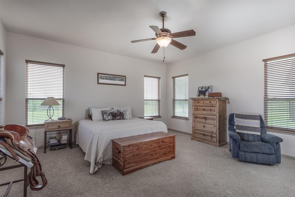 252 Emberson Ranch  Road, Pilot Point, Texas 76258 - acquisto real estate best frisco real estate broker in texas for high net worth buyers