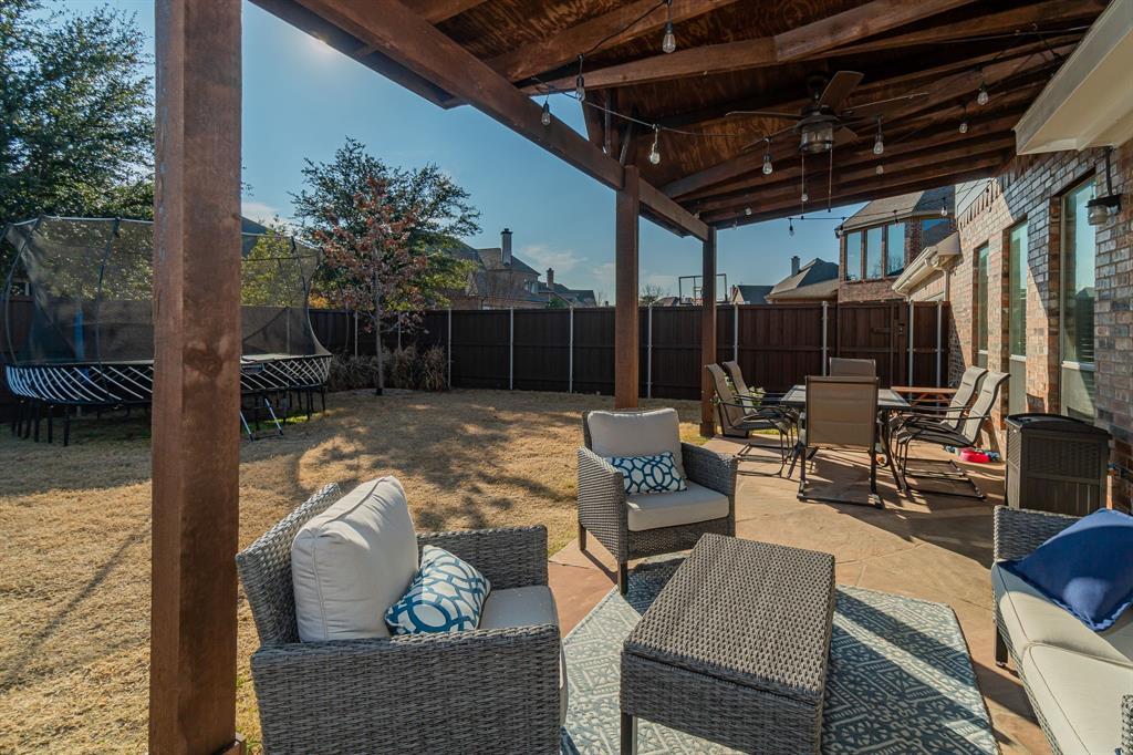 1808 Sundown  Lane, Allen, Texas 75002 - acquisto real estate best park cities realtor kim miller best staging agent
