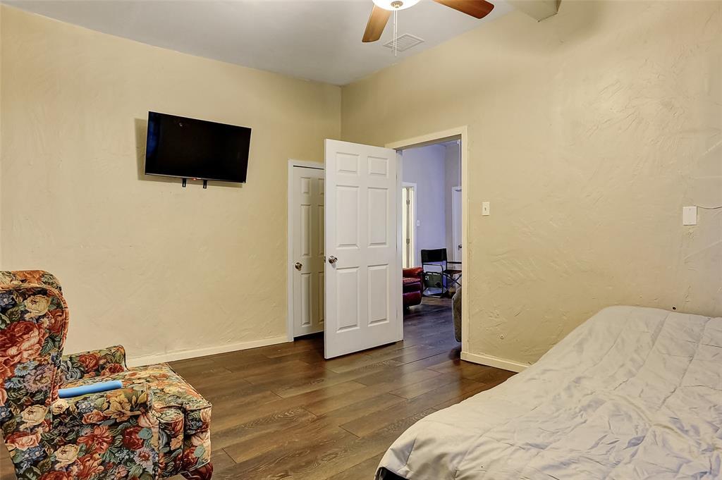 710 Scullin Avenue, Denison, Texas 75020 - acquisto real estate best photos for luxury listings amy gasperini quick sale real estate