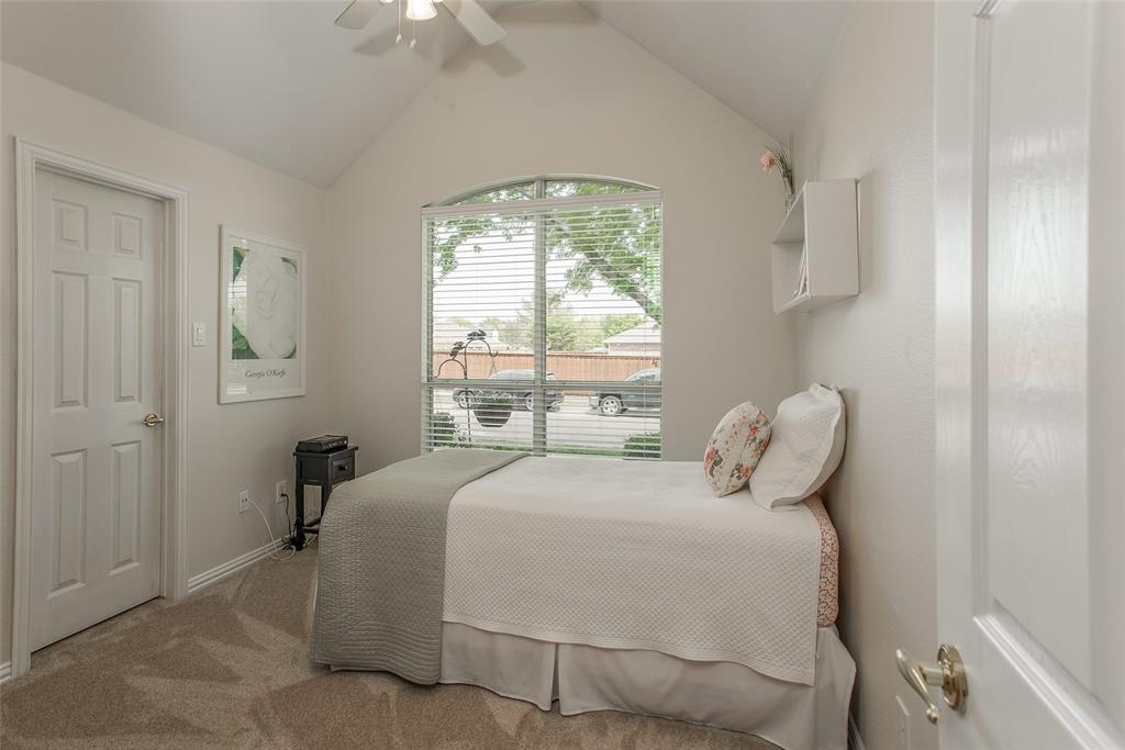 1828 Lacey Oak  Lane, Keller, Texas 76248 - acquisto real estate best realtor foreclosure real estate mike shepeherd walnut grove realtor