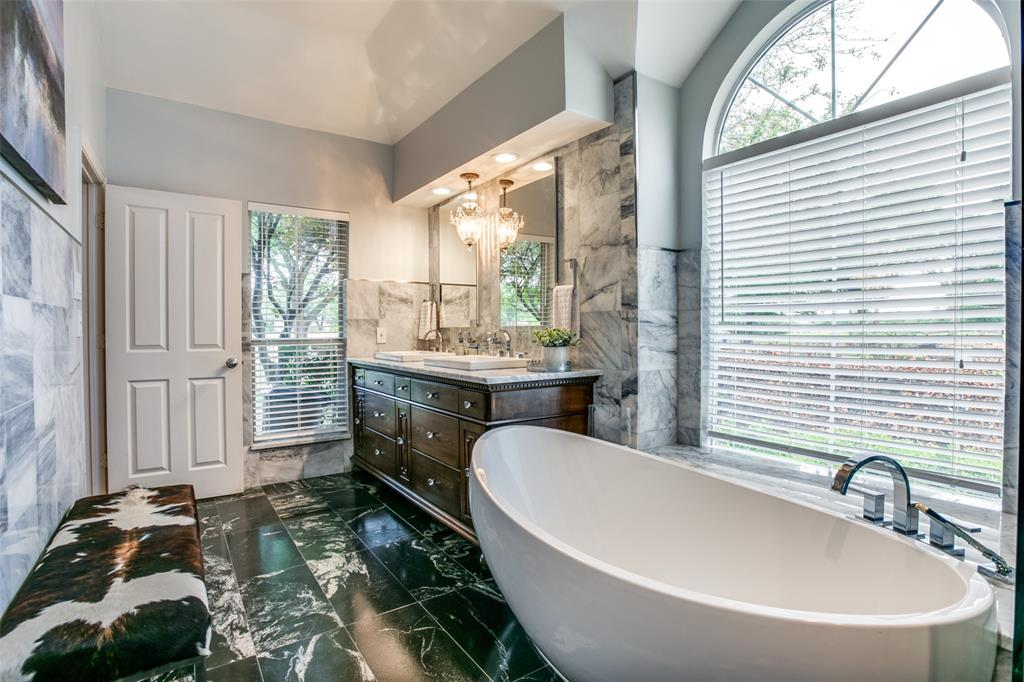 3655 Stone Creek  Parkway, Fort Worth, Texas 76137 - acquisto real estate best realtor foreclosure real estate mike shepeherd walnut grove realtor