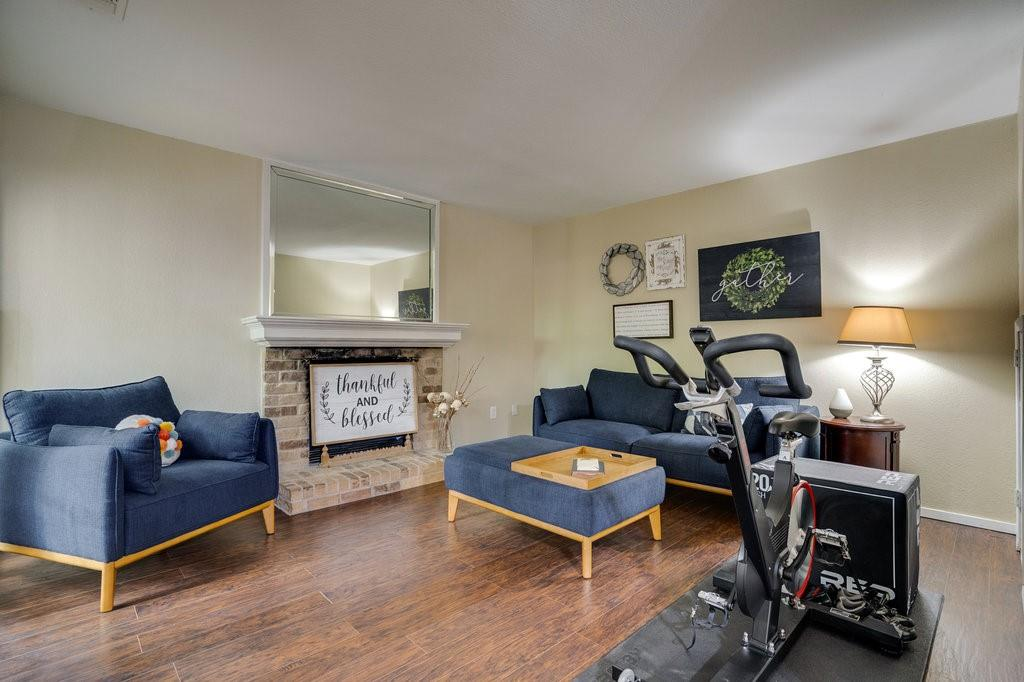 2325 Torrington  Drive, Arlington, Texas 76012 - acquisto real estate best allen realtor kim miller hunters creek expert