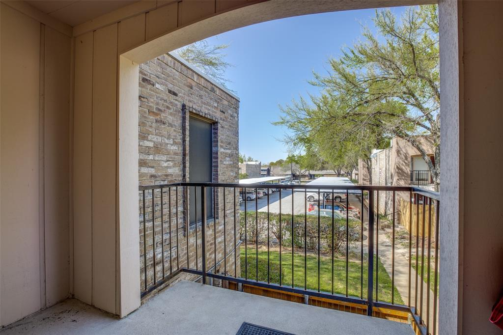 5606 Boca Raton  Boulevard, Fort Worth, Texas 76112 - Acquisto Real Estate best plano realtor mike Shepherd home owners association expert