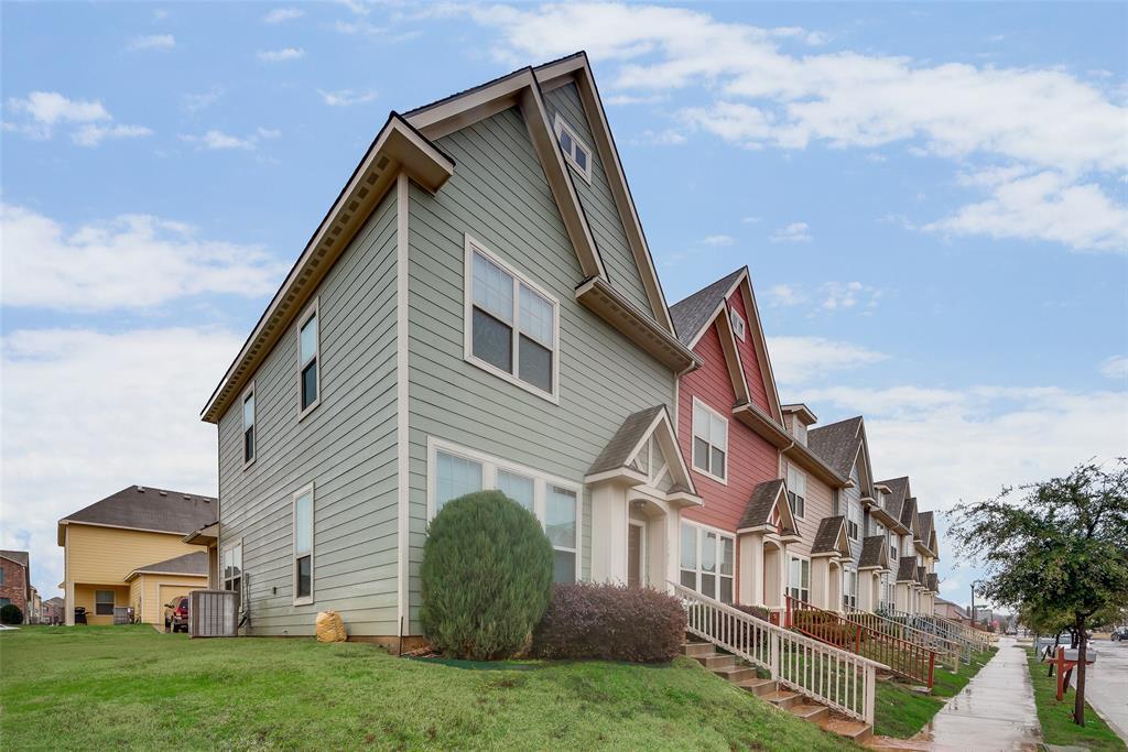 5409 Dolores Place, Denton, Texas 76208 - Acquisto Real Estate best frisco realtor Amy Gasperini 1031 exchange expert