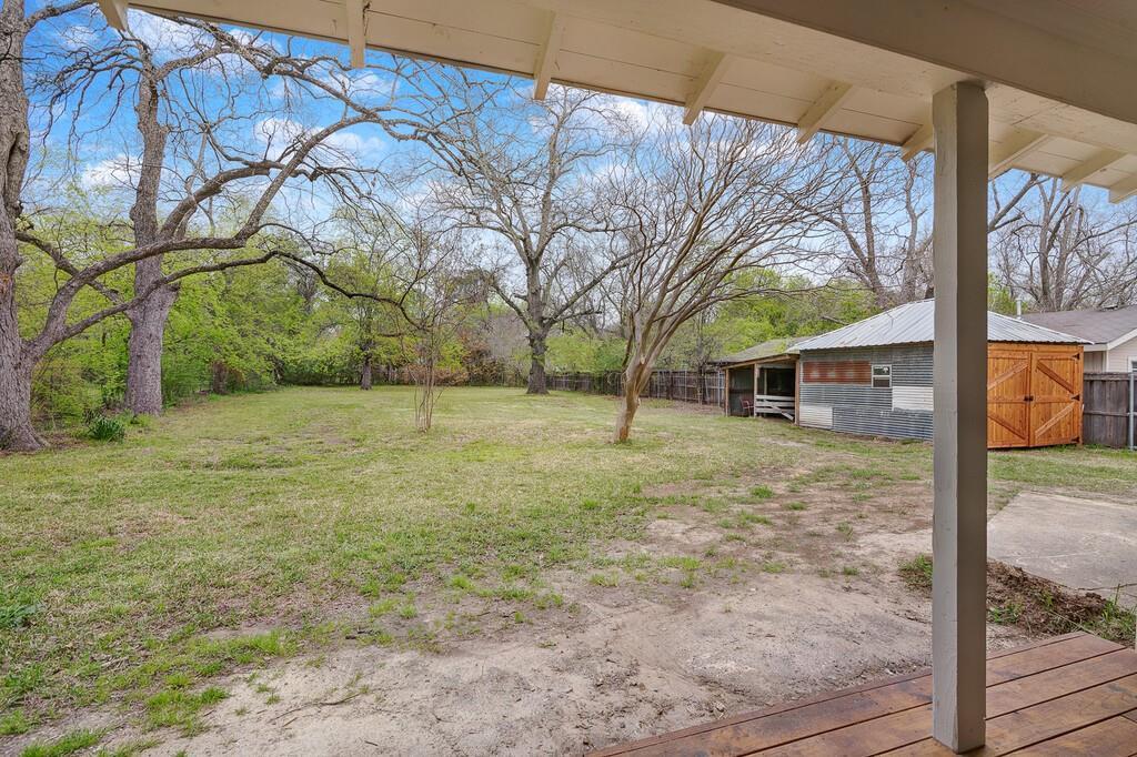 311 Pacific Avenue, Terrell, Texas 75160 - acquisto real estate best relocation company in america katy mcgillen