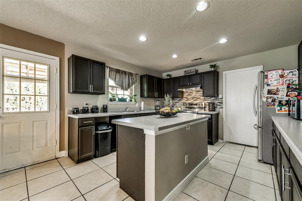 3509 Pampas Creek  Drive, Dallas, Texas 75227 - acquisto real estate best new home sales realtor linda miller executor real estate
