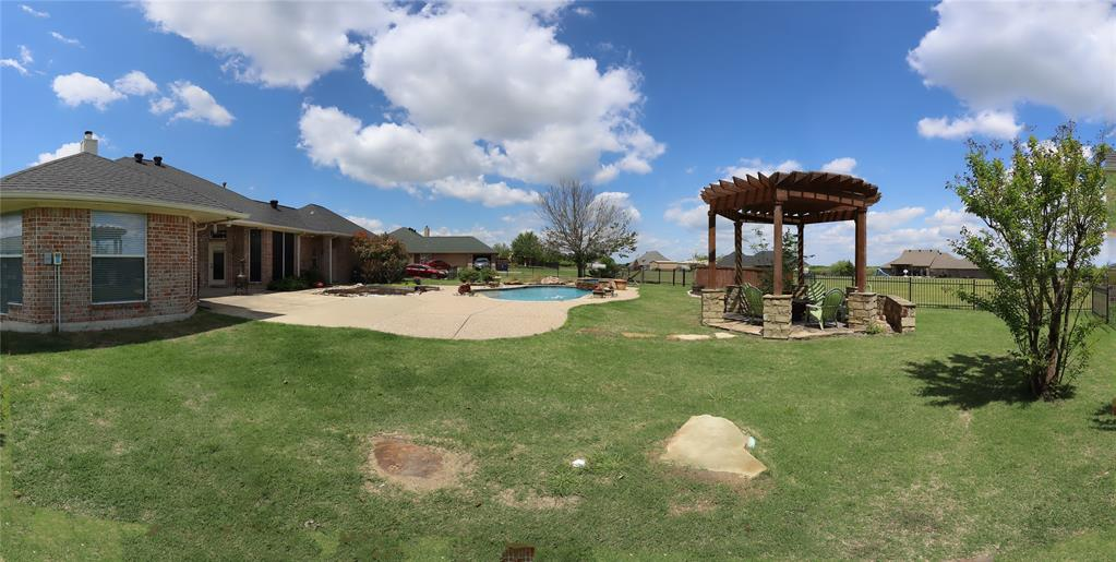 10188 Dennehy  Drive, Talty, Texas 75126 - acquisto real estate best plano real estate agent mike shepherd