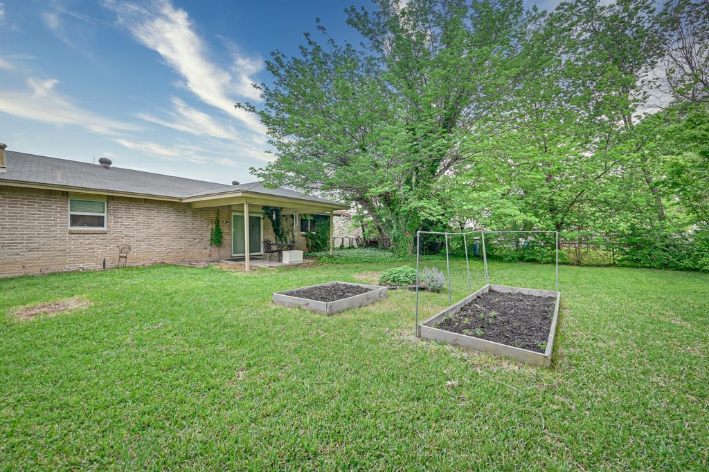 1206 Shelmar  Drive, Arlington, Texas 76014 - acquisto real estate best realtor foreclosure real estate mike shepeherd walnut grove realtor