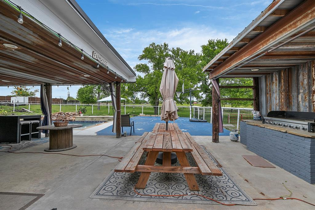 5901 Sachse  Road, Sachse, Texas 75048 - acquisto real estate best looking realtor in america shana acquisto