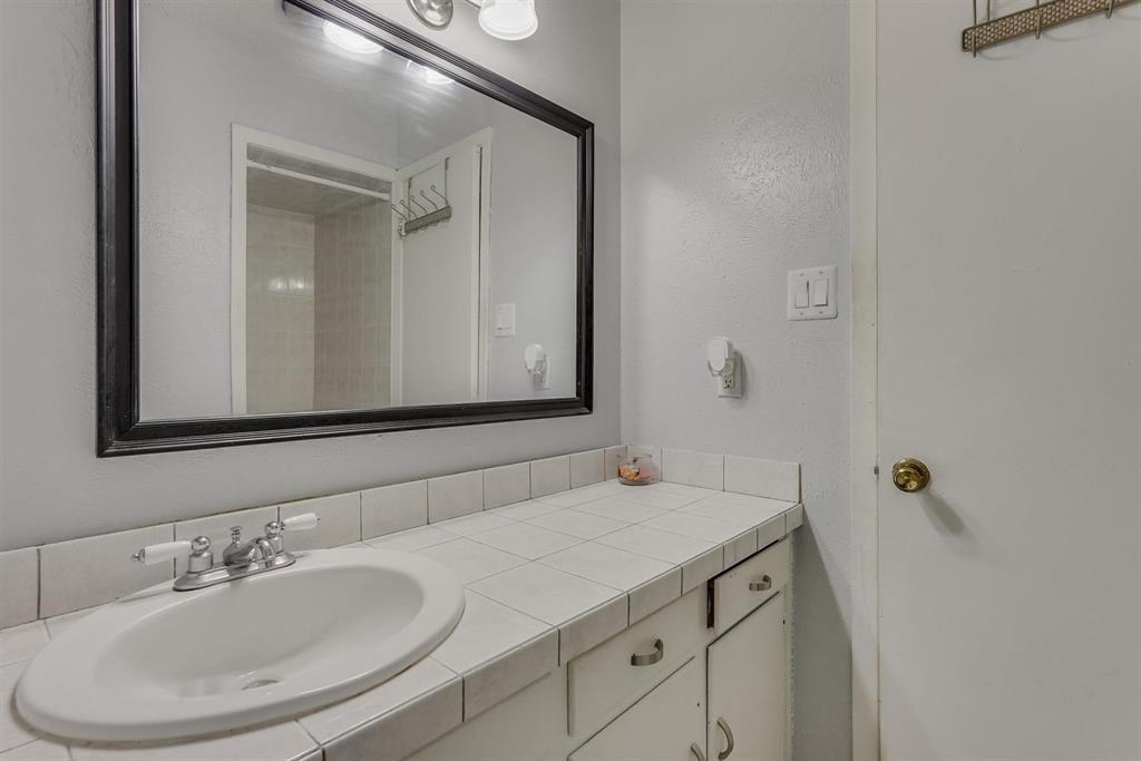 6529 Wooddale  Drive, Watauga, Texas 76148 - acquisto real estate best new home sales realtor linda miller executor real estate