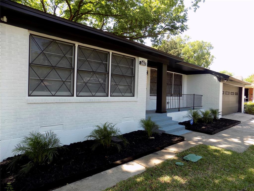 2730 Tisinger  Avenue, Dallas, Texas 75228 - acquisto real estate best the colony realtor linda miller the bridges real estate