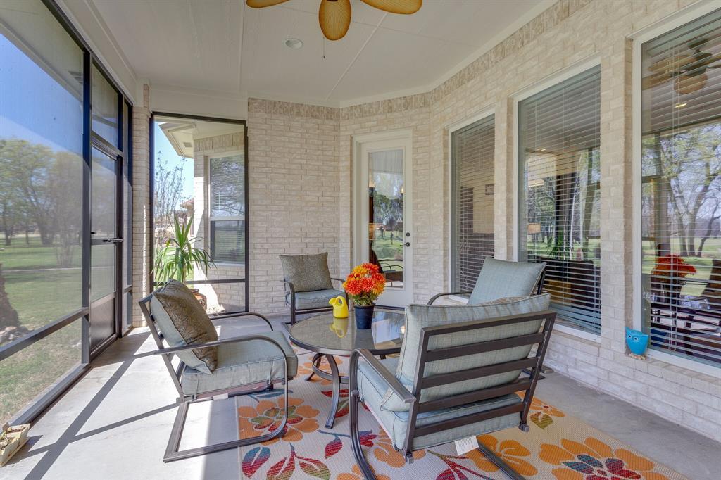 1809 Rockview  Drive, Granbury, Texas 76049 - acquisto real estate best negotiating realtor linda miller declutter realtor