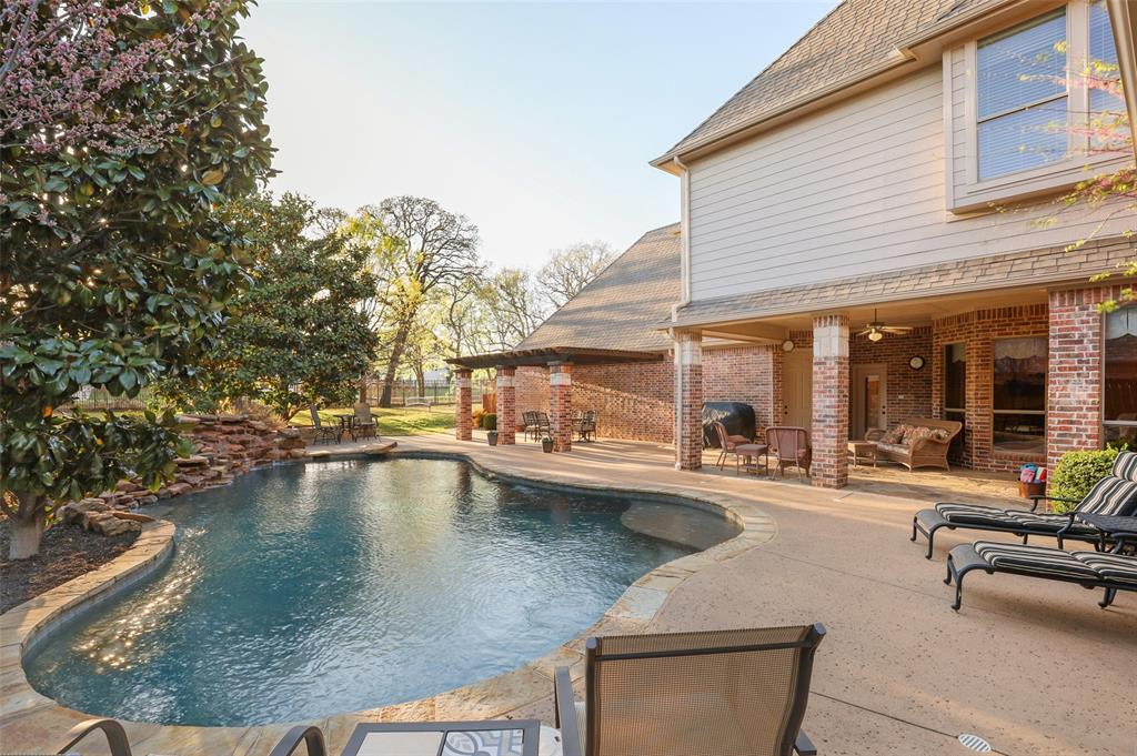 6111 Mustang Trail, Colleyville, Texas 76034 - acquisto real estate best plano real estate agent mike shepherd