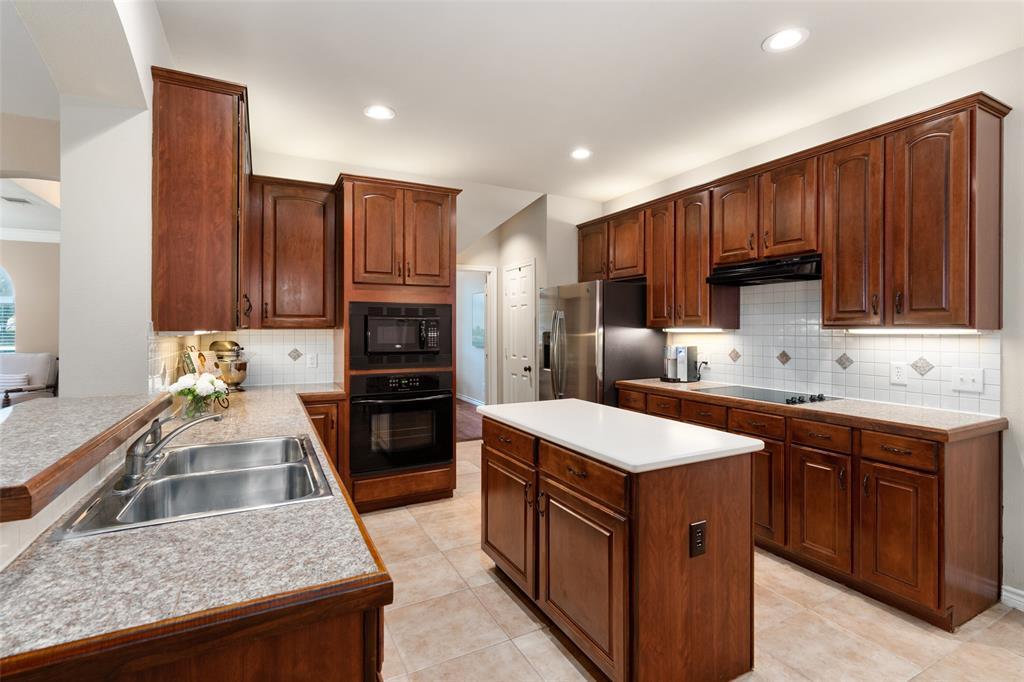 6309 Park Meadow  Plano, Texas 75093 - acquisto real estate best new home sales realtor linda miller executor real estate