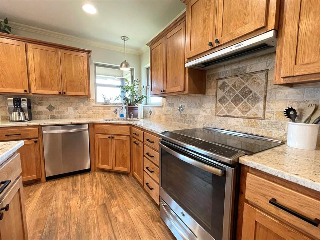 857 Great Waters Drive, Abilene, Texas 79602 - acquisto real estate best luxury buyers agent in texas shana acquisto inheritance realtor