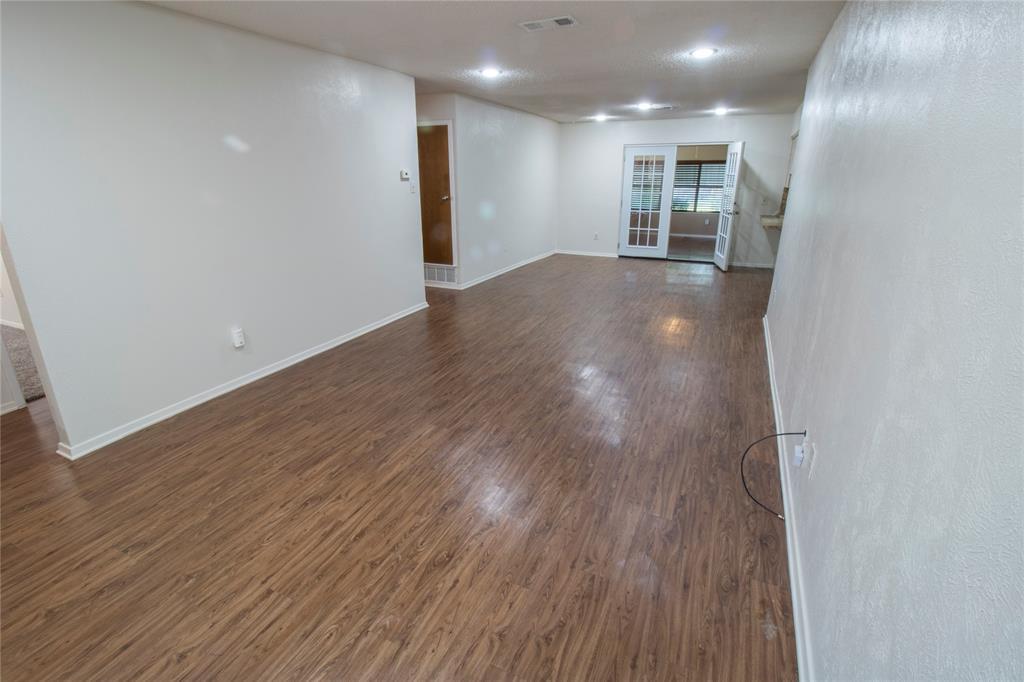 1814 Santa Cruz  Court, Grand Prairie, Texas 75051 - acquisto real estate best photos for luxury listings amy gasperini quick sale real estate