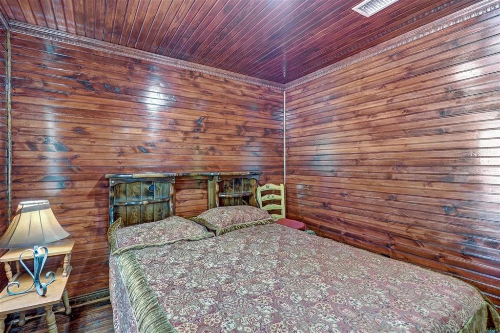 925 Hemlock Drive, West Tawakoni, Texas 75474 - acquisto real estate best negotiating realtor linda miller declutter realtor