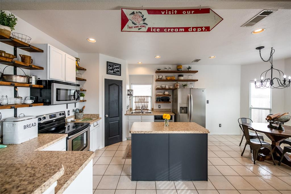 1482 Park Crest Drive, Crowley, Texas 76036 - acquisto real estate best flower mound realtor jody daley lake highalands agent of the year