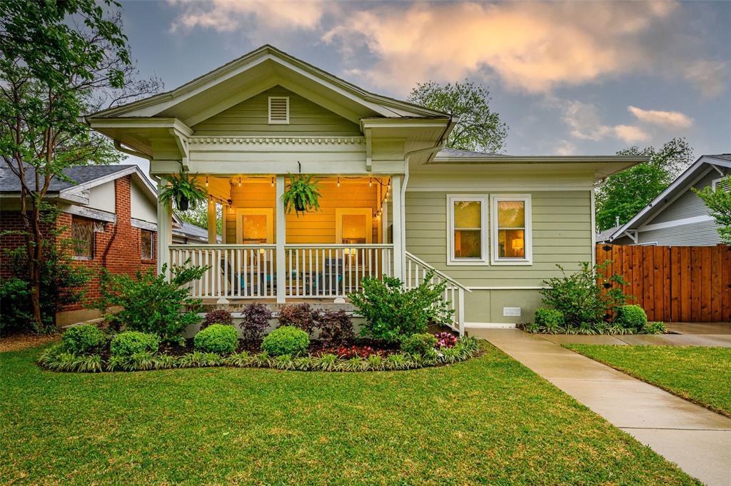 615 Oak Cliff Boulevard, Dallas, Texas 75208 - Acquisto Real Estate best frisco realtor Amy Gasperini 1031 exchange expert