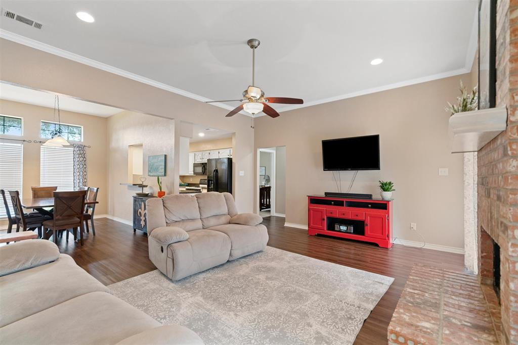 607 Orchard  Lane, Forney, Texas 75126 - acquisto real estate best designer and realtor hannah ewing kind realtor