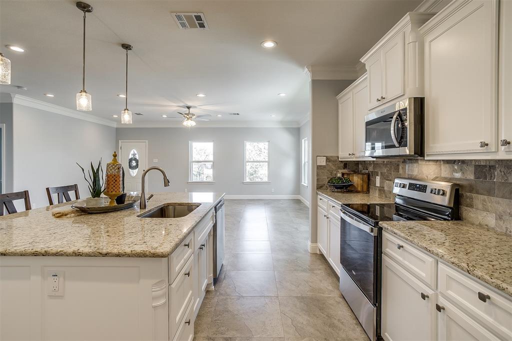 719 Rock Harbor Court, Granbury, Texas 76048 - acquisto real estate best listing agent in the nation shana acquisto estate realtor
