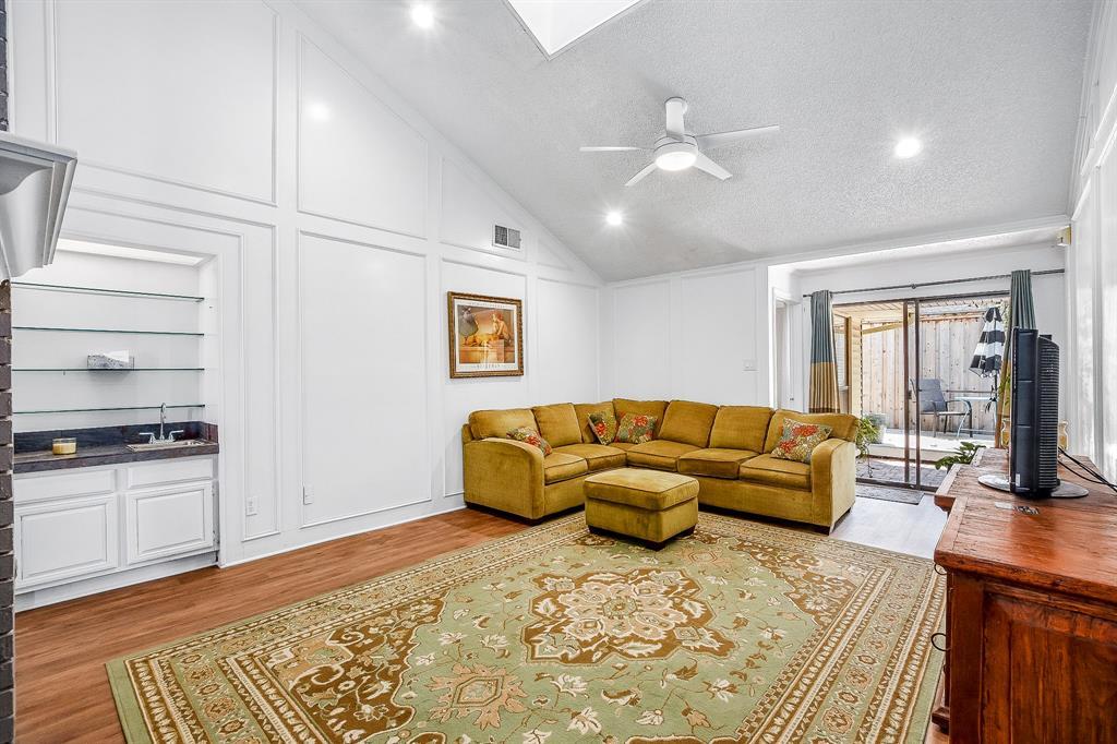 2820 Prescott  Drive, Carrollton, Texas 75006 - acquisto real estate best style realtor kim miller best real estate reviews dfw