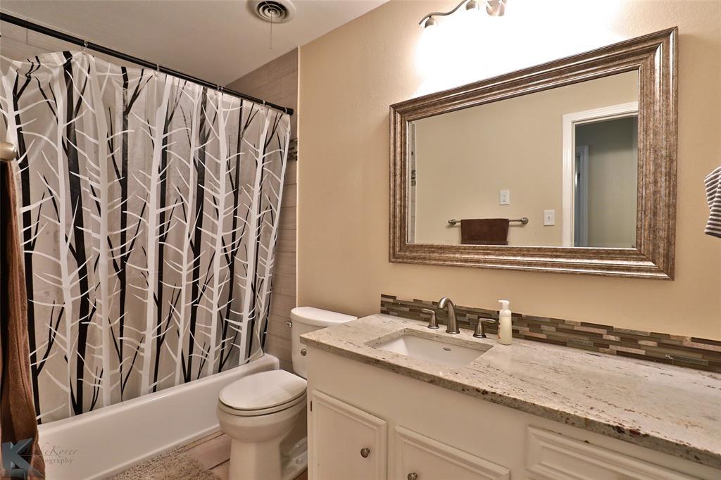 2215 Oakwood  Lane, Abilene, Texas 79605 - acquisto real estate best photo company frisco 3d listings