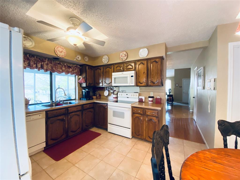 4701 Olympia Drive, Mesquite, Texas 75150 - acquisto real estate best designer and realtor hannah ewing kind realtor