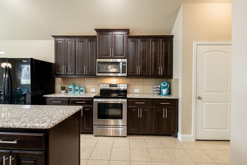 124 Haymeadow  Drive, Crandall, Texas 75114 - acquisto real estate best luxury buyers agent in texas shana acquisto inheritance realtor
