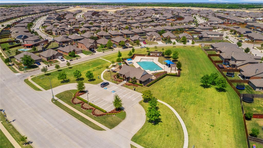 429 Falling Star  Drive, Haslet, Texas 76052 - acquisto real estate best frisco real estate agent amy gasperini panther creek realtor