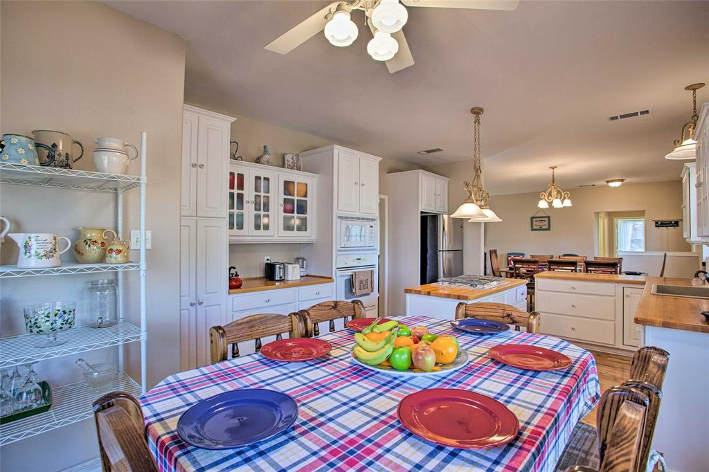 2133 Private Road 7908  Hawkins, Texas 75765 - acquisto real estate best real estate company to work for