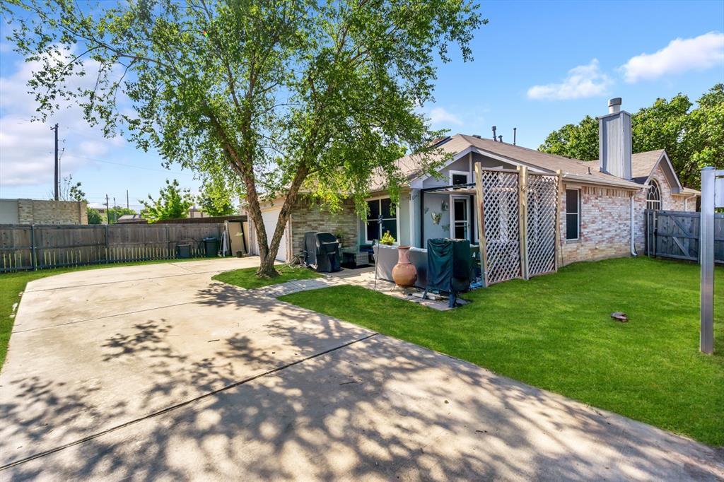 4536 Rustic Ridge  Court, The Colony, Texas 75056 - acquisto real estate best realtor dfw jody daley liberty high school realtor