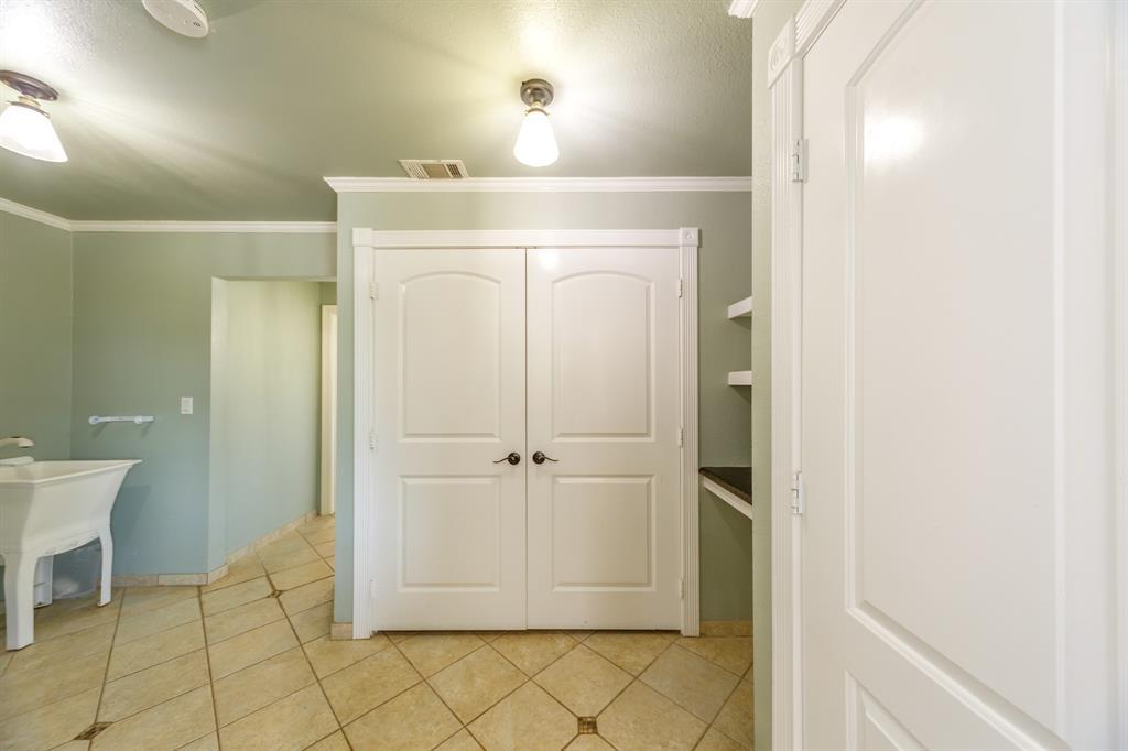 138 Silver  Street, Bowie, Texas 76230 - acquisto real estate smartest realtor in america shana acquisto