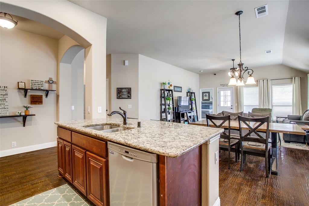 1975 Bernard Drive, Princeton, Texas 75407 - acquisto real estate best real estate company to work for