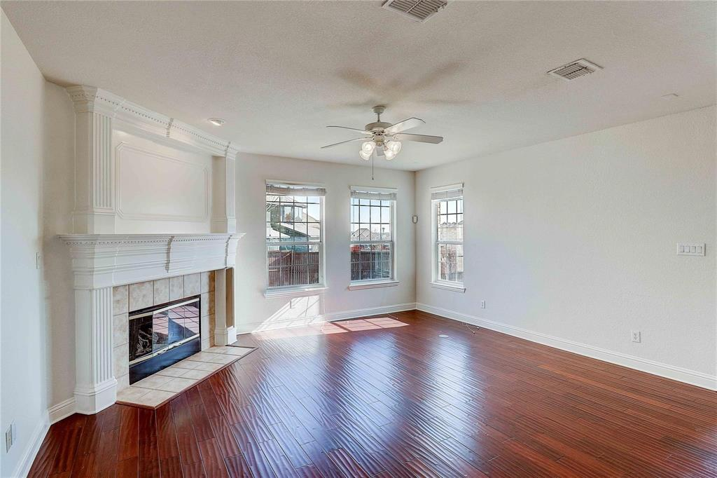 8910 Forest Hills Drive, Irving, Texas 75063 - acquisto real estate best real estate company to work for