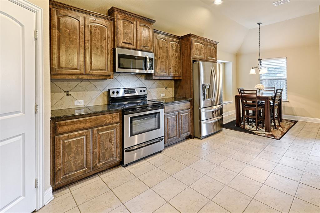 4402 Oak Bluff Drive, Melissa, Texas 75454 - acquisto real estate best luxury buyers agent in texas shana acquisto inheritance realtor