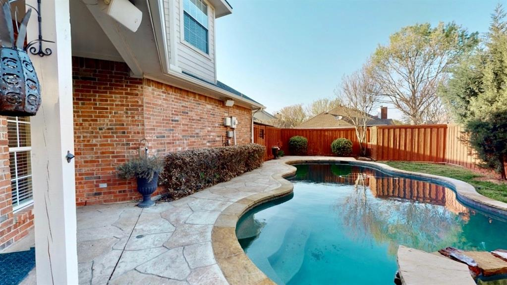 2309 Wooten  Place, Plano, Texas 75025 - acquisto real estate best park cities realtor kim miller best staging agent