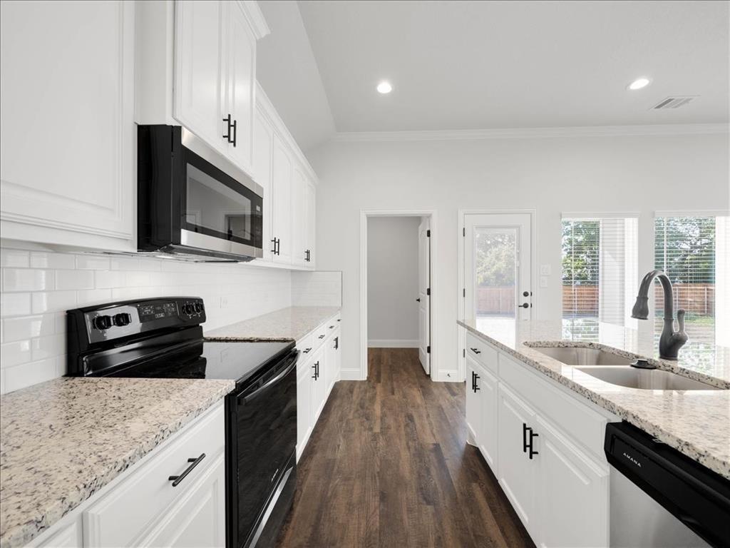 903 20th  Street, Corsicana, Texas 75110 - acquisto real estate best allen realtor kim miller hunters creek expert