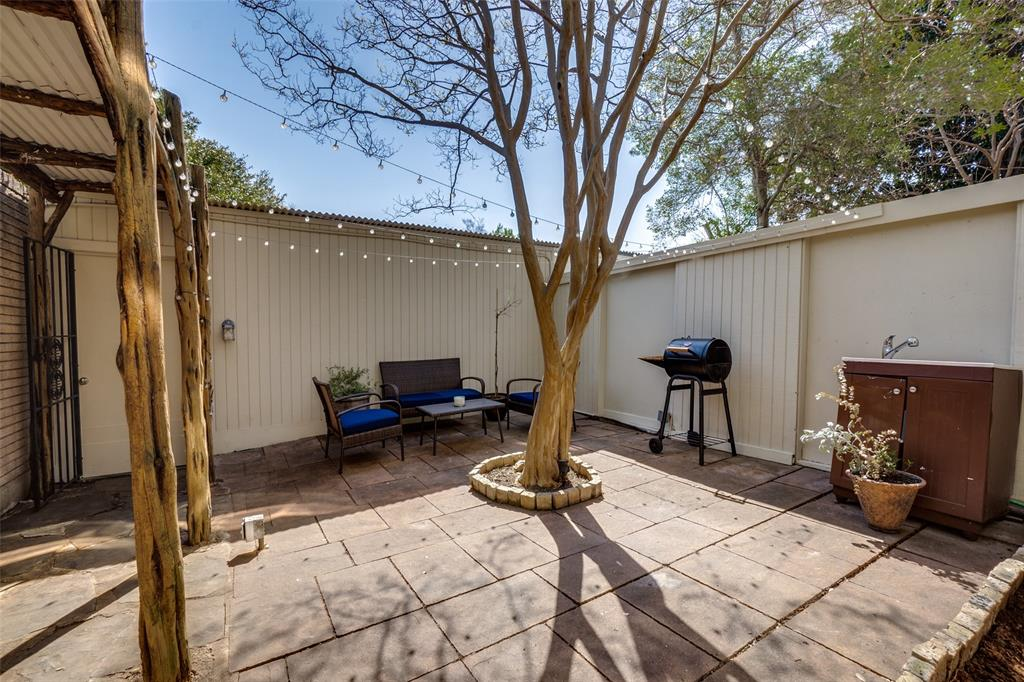 7430 Northwest Highway, Dallas, Texas 75225 - acquisto real estate best new home sales realtor linda miller executor real estate