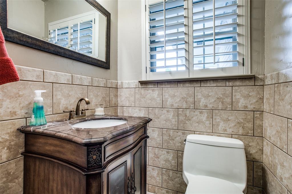 11256 Russwood Circle, Dallas, Texas 75229 - acquisto real estate best designer and realtor hannah ewing kind realtor