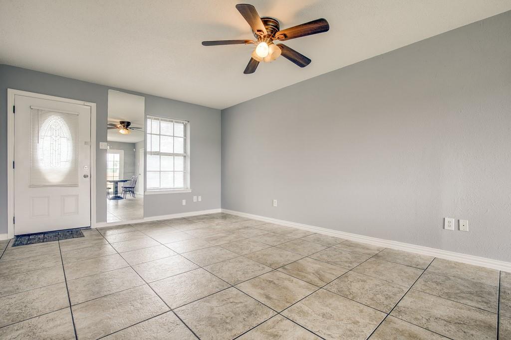 13033 Spring Oak  Drive, Balch Springs, Texas 75180 - acquisto real estate best allen realtor kim miller hunters creek expert