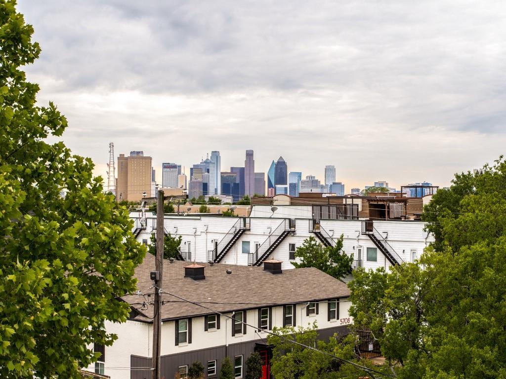 5803 Hudson  Street, Dallas, Texas 75206 - acquisto real estate best realtor foreclosure real estate mike shepeherd walnut grove realtor