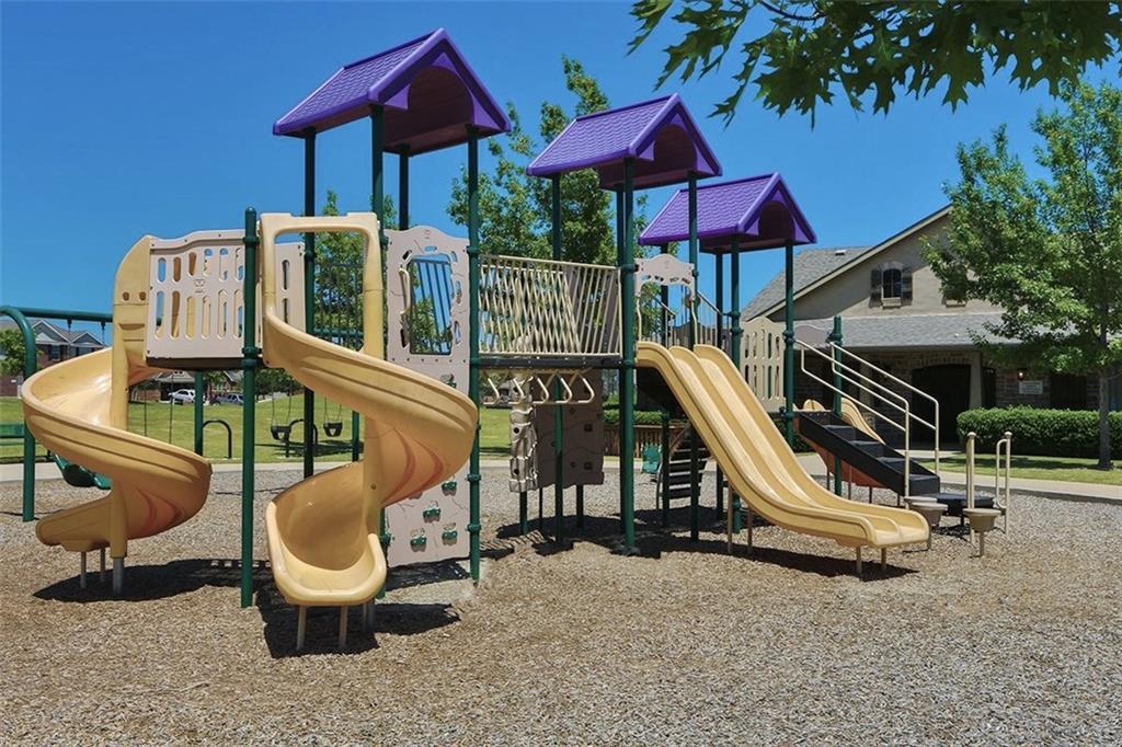 9328 DESERTROCK Road, Fort Worth, Texas 76131 - acquisto real estate best highland park realtor amy gasperini fast real estate service